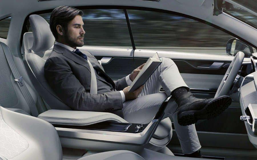 guida autonoma Volvo Concept 26