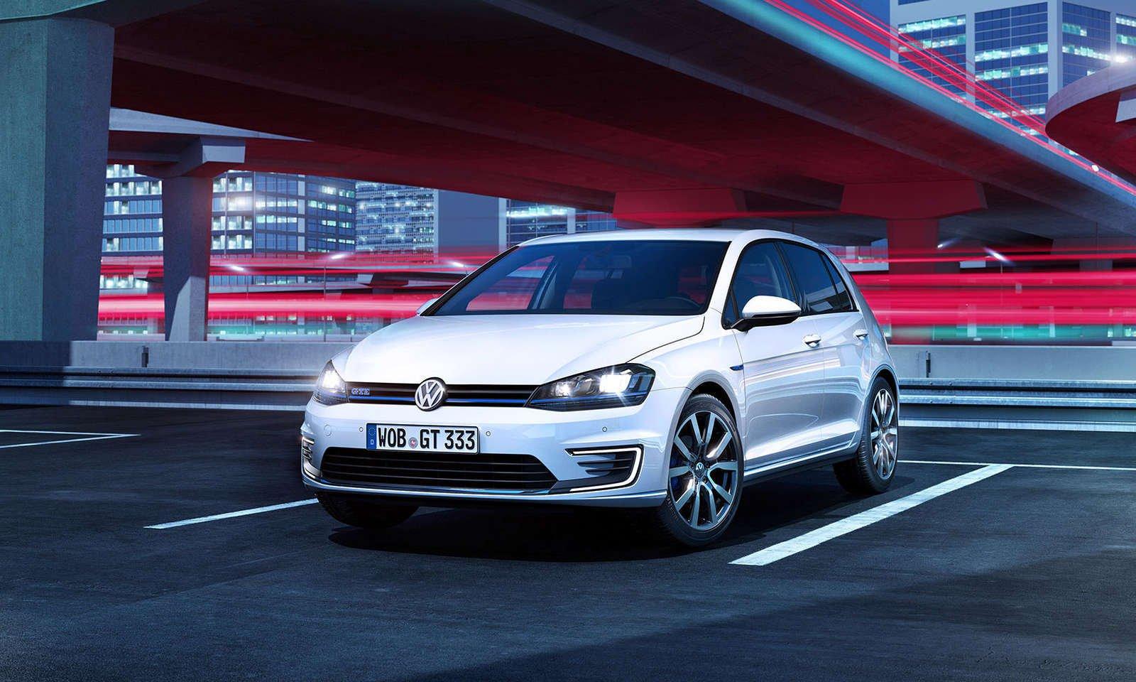 Volkswagen Golf in offerta a dicembre 2016.